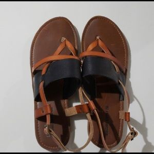 Mossimo Women's sandals 8.5